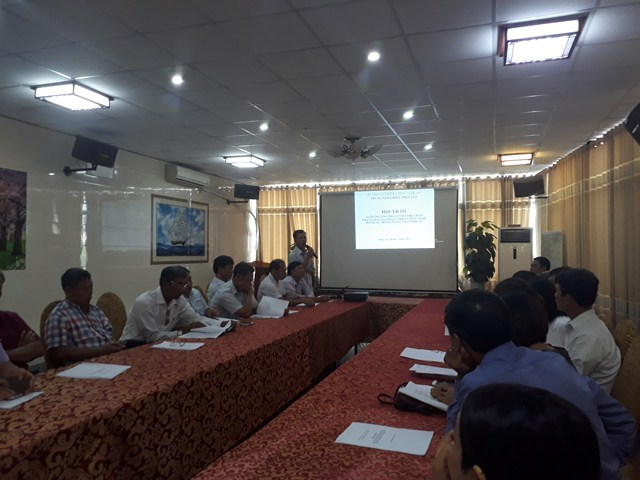 Trung tâm Giống thủy sản tổ chúc Hội thảo nuôi thương phẩm tôm Thẻ chân trắng hai giai đoạn theo công nghệ BiofLoc trong lồng tại Nghệ An